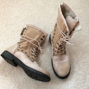 NWOT Roxy canvas and suede lace up booties